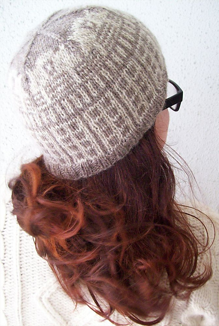 INSULATE__hat_046-1000_medium2